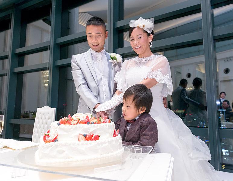 ケーキ入刀・ファーストバイト